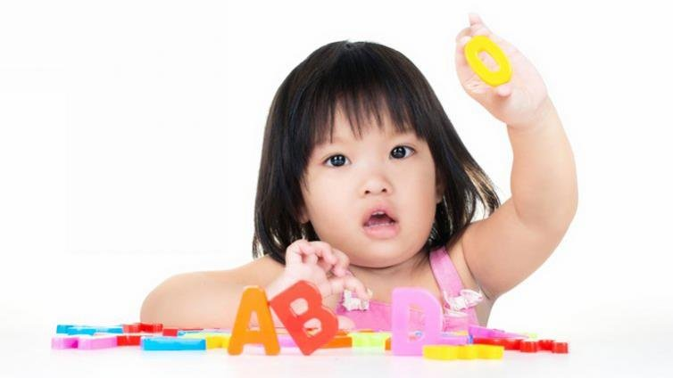 幼兒園教英文將鬆綁?幼教學者:應先檢討英語學不好原因