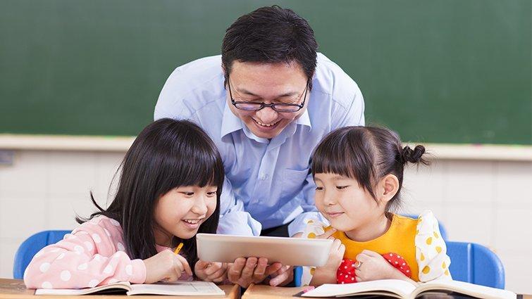經濟學人:優秀老師消弭貧富差距