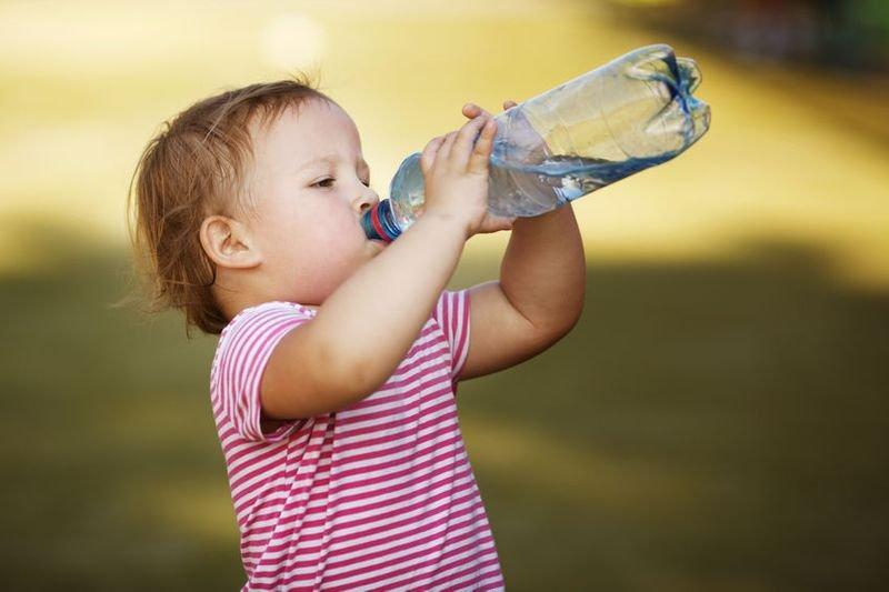 孩子不愛喝水嗎?用這招讓孩子愛上白開水!