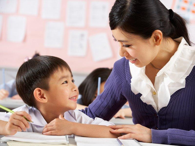 遭逢對立反抗兒,老師的變與不變