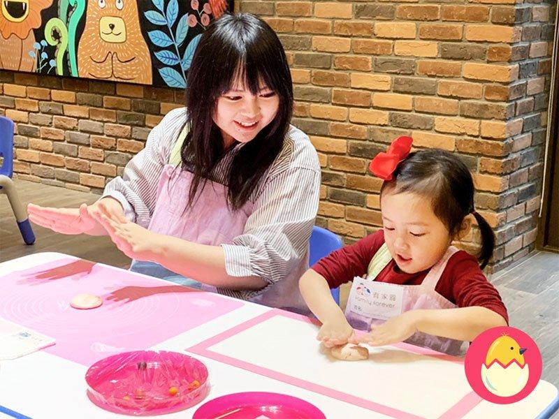 別怕讓孩子進廚房!和孩子一起玩烘培,原來有這麼多好處!