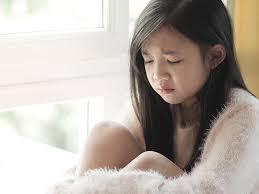 當孩子自己知錯時,最不需要的是再多一個指責他的大人