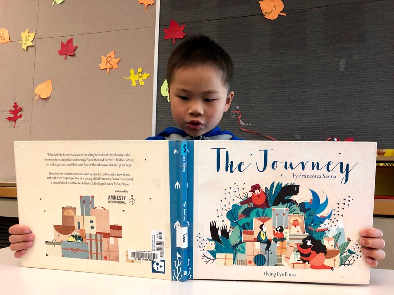 用繪本,帶孩子走一趟難民的「旅程」
