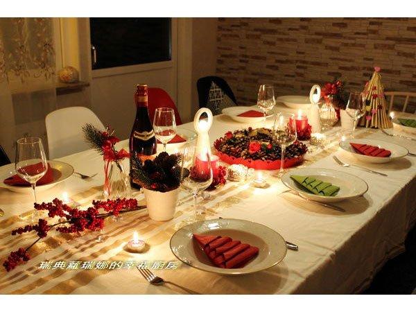 瑞典幼兒教育之餐桌佈置:從小漸入的生活美學(內含聖誕餐巾紙折法)