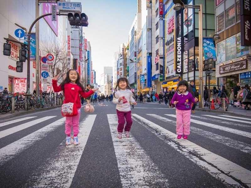 東京新宿一日親子逛街路線,配合步行者天國孩子不無聊!