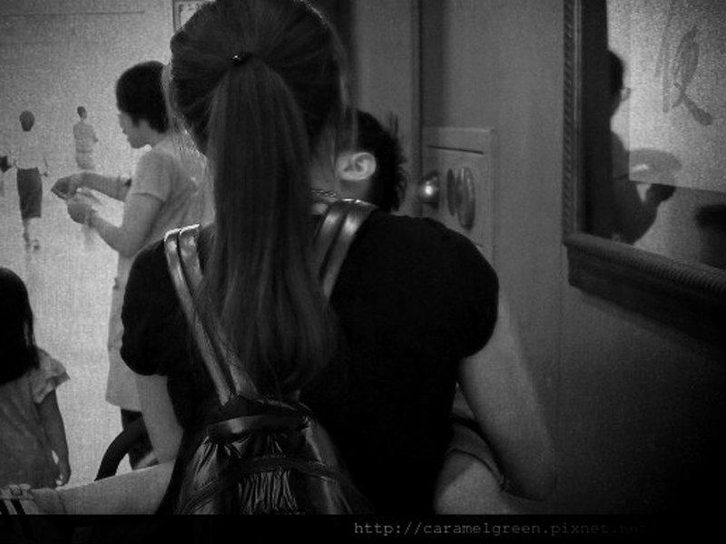 虐兒洩憤拍片當武器,綠玫瑰:請扶蘆洲媽媽一把!