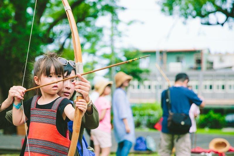 夏日回憶不留白!體驗宜蘭原住民文化,玩射箭划獨木舟