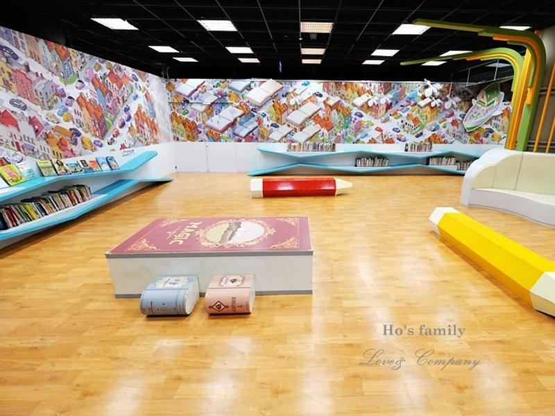 讓閱讀隨著想像飛!放大版的童話繪本遊戲館~國立台灣美術館兒童繪本區&兒童遊戲室