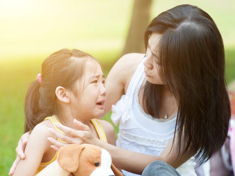 孩子一直魯、耍賴、不聽話時該怎麼辦? 羅寶鴻老師:同理但不處理
