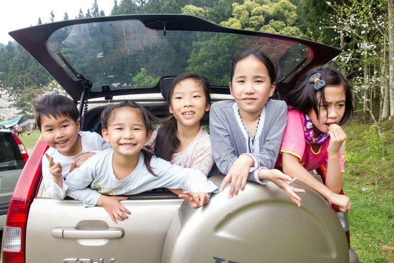 用蒙特梭利的自然後果養出負責任的孩子