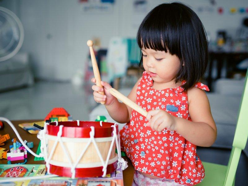 用音樂來促進親子互動,真棒!