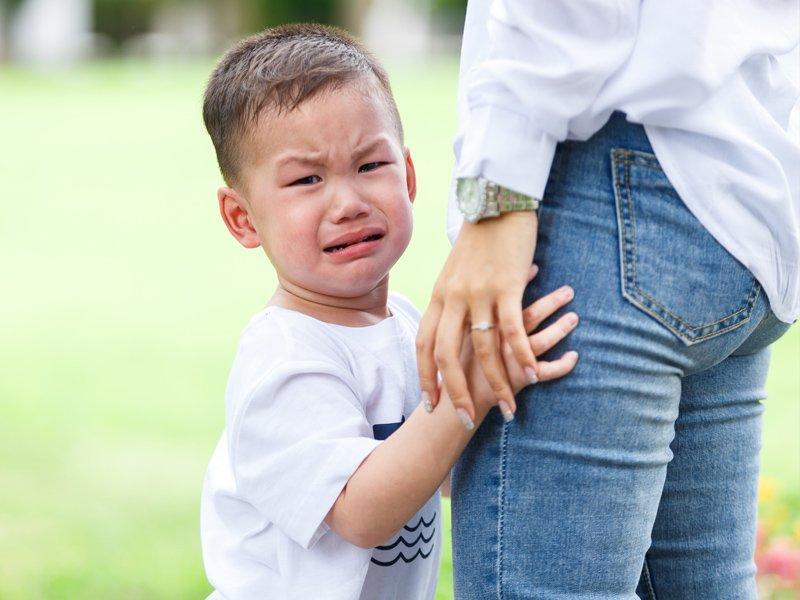 適時堅定立場,別讓孩子鬧脾氣