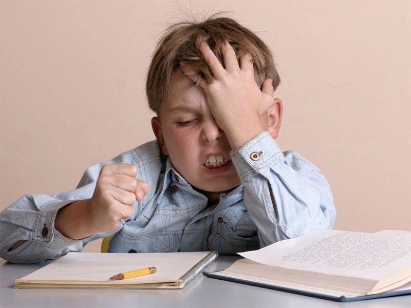 過度要求孩子照筆順寫字,小心寫出鏡像字!