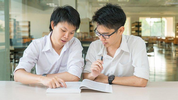 善用閱讀4方法,陪著孩子從聊書到聊人生
