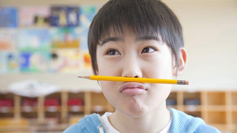 教室裡,老師的一句話,引爆亞斯兒的情緒地雷