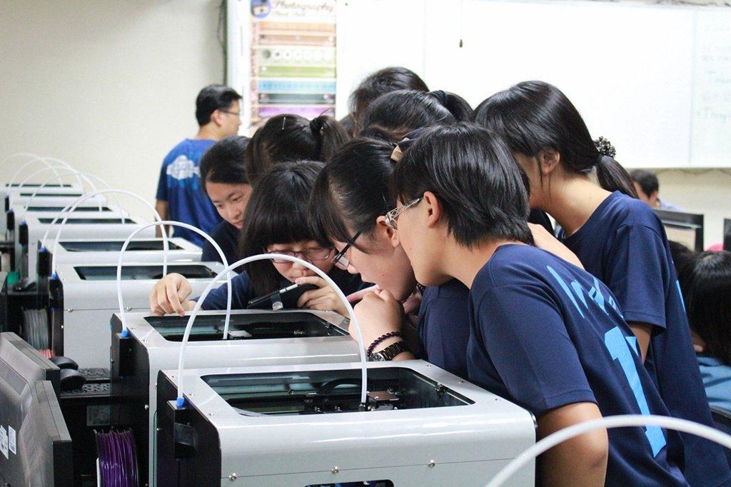 最有感的翻轉學習 震旦集團自造教育解決方案
