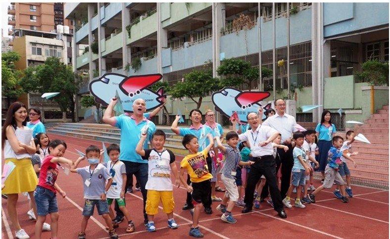 沒有課本,用遊戲上英文課--臺北市創新雙語教育