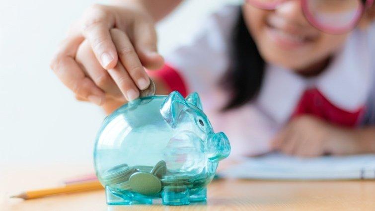 善用生活中每個「花錢」的機會,教孩子健康的價值觀