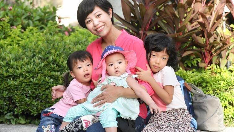 老三出生十天成了單親媽  黎詩彥:婚姻的熬煉,把我從溫室花朵變大樹