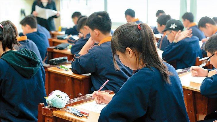 顏擇雅:當孩子抱怨考試制度