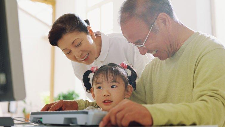 如何幫孩子認識爺爺奶奶?
