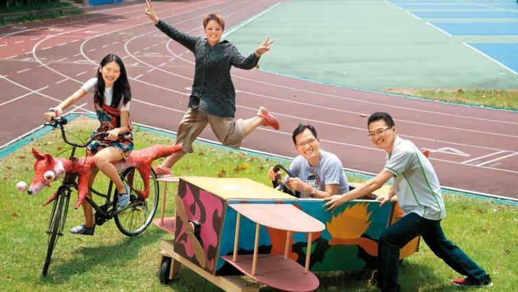 板橋高中make 4 fun 自造實驗室:飛行船 、雲霄飛車都要自己做