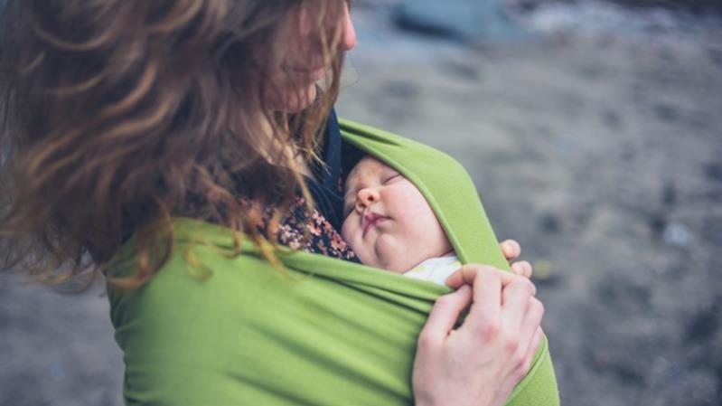澳洲新生兒背巾內猝死 安全使用嬰兒背巾4建議