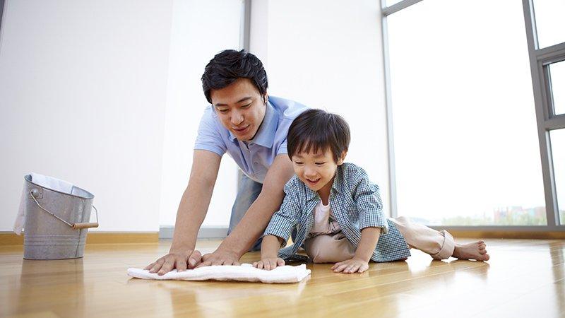 為什麼累了一天回到家,還要我做家事?「分擔家事」讓在家的伴侶,感到被肯定