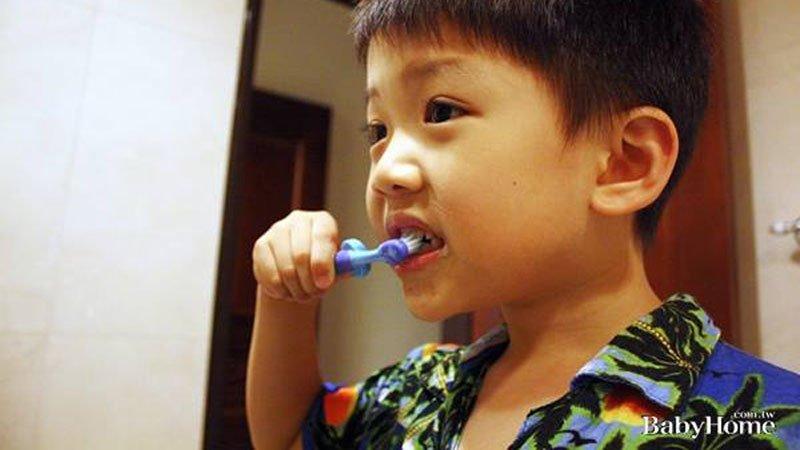 預防寶寶蛀牙,爸媽需要這6招