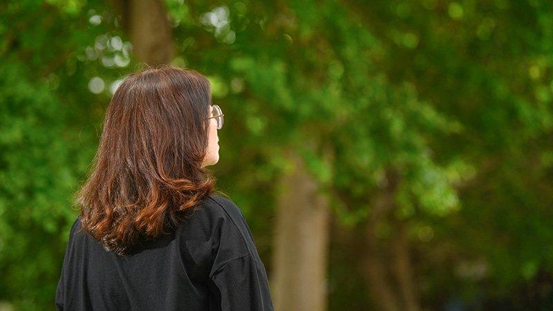 「拳頭下來才讓我清醒」受暴婦重生,成家暴宣導講師