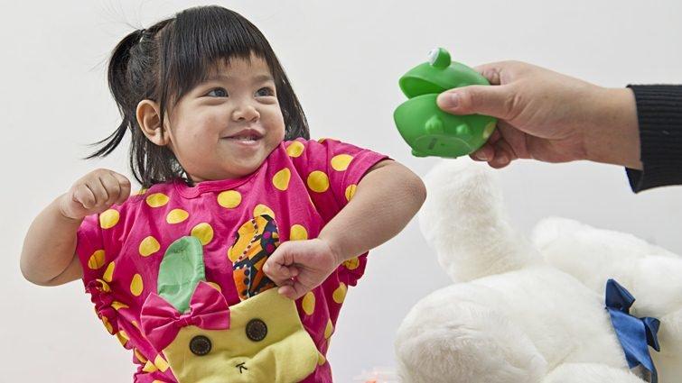 如何讓兩歲孩子不打人?