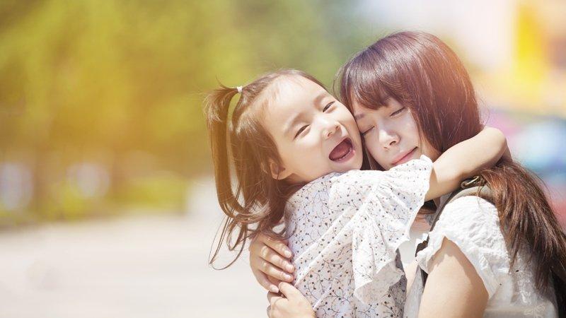 張曼娟:父母的必修課—學習接住「受傷」的孩子