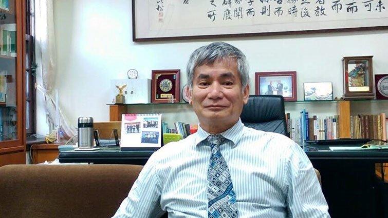 台大教務長郭鴻基 :社會氛圍不該「反智」、高中也不該只有「快樂學習」
