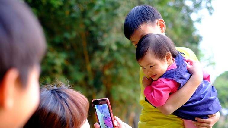 黃瑽寧:用閃光燈幫寶寶拍照是無害的