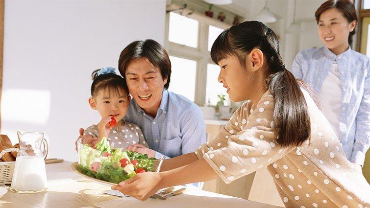 餐桌溝通,搭起親子關係的橋樑