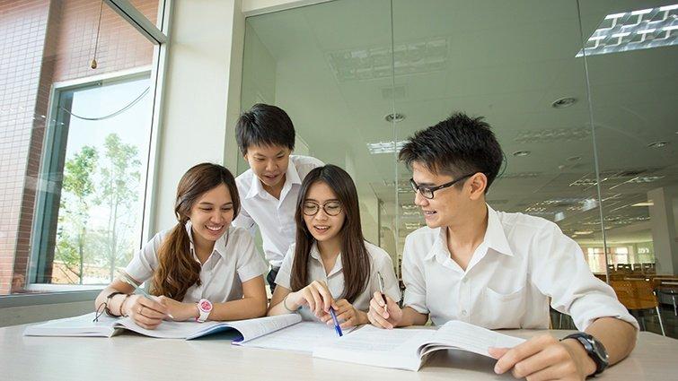 Power錕:老師,教育真的對我有幫助嗎?