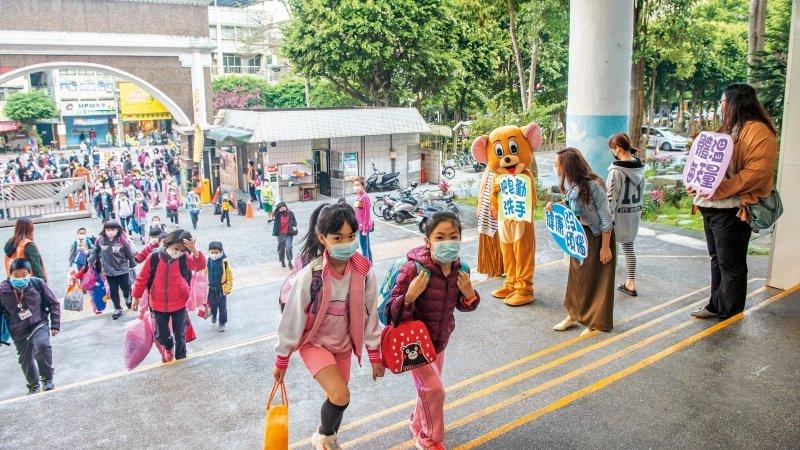 線上教學迫降,台灣老師要如何把危機變契機?