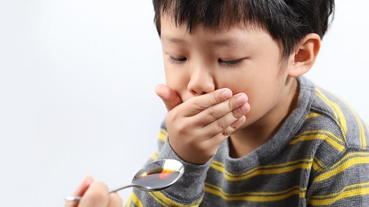 孩子不敢吃中藥怎麼辦?中醫師爸媽分享6個私房撇步