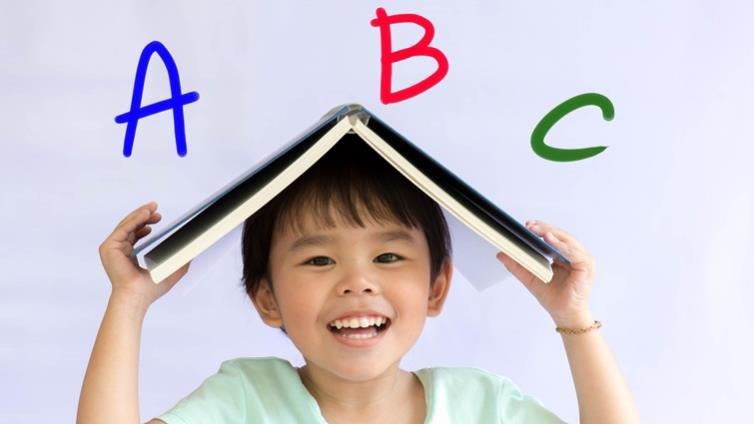 陳超明:台灣的雙語政策是孩子的福氣,還是夢魘?