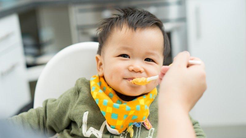 副食品要怎麼給,才能避免寶寶過敏?