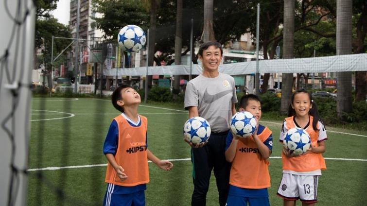 輸了8年的比賽,可以學到什麼?─專訪足球教練陳信安