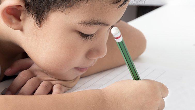 孩子寫作不知所云?先從「口頭表達」訓練起!林怡辰的讀寫教育──中年級篇