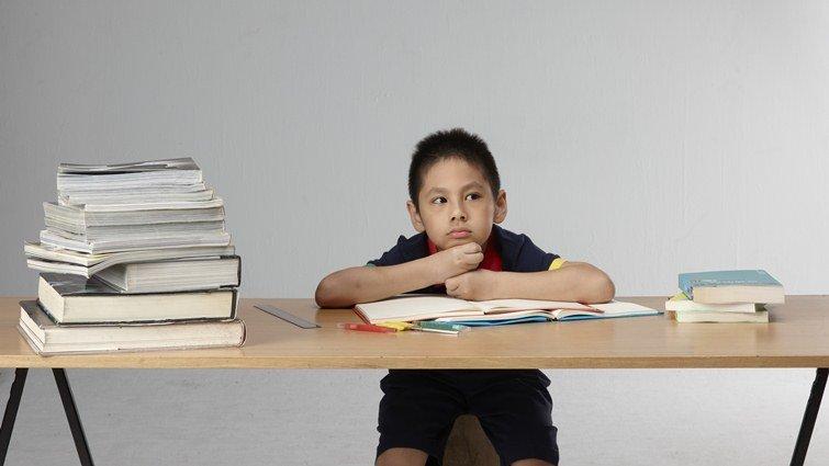 想讓孩子學得更好,別繼續坐著