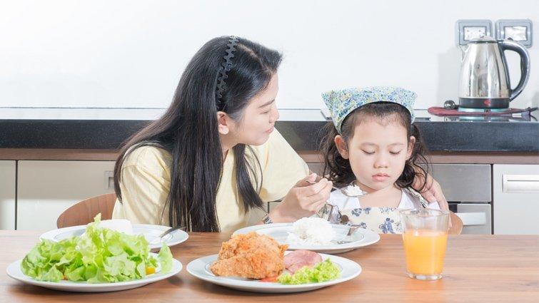 依孩子的胃口和體重來選擇飲食