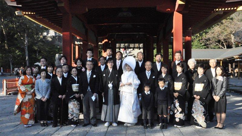 婚禮上有一半賓客是「演員」,日本為何盛行出租家人?