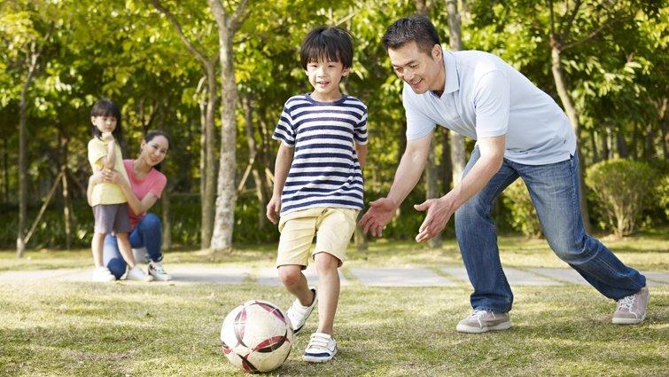 親子一起玩,輕鬆訓練敏捷與反應──飛行的氣球