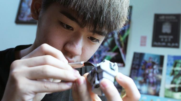做我喜歡的事!世界級鋼彈模型製作家吳誌恩,自學闖出職人生涯