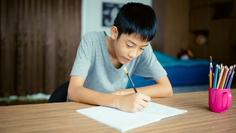 美國寫作教育改革的啟示:提升讀寫素養,才能讓孩子活得「更像人」
