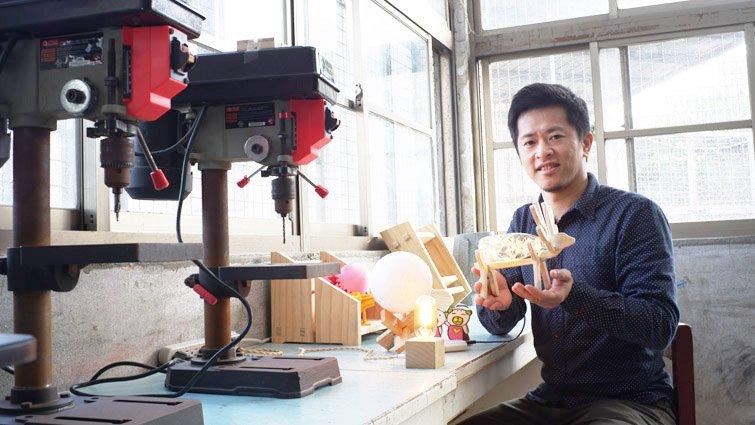 從廢材機器人到USB燈,陳韋邑帶國中生學到活知識