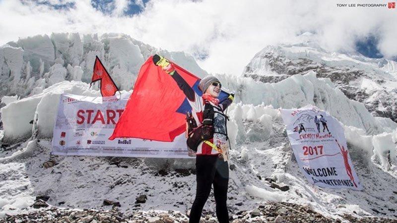 46歲完賽聖母峰馬拉松,最強媽媽陸承蔚:平凡腳步也能完成偉大旅程